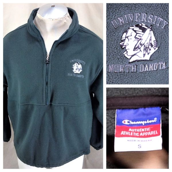Champion North Dakota Fighting Sioux (Small) Retro NCAA Old Logo Fleece Sweatshirt