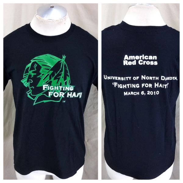 "North Dakota Fighting Sioux (Med) Retro NCAA ""Fighting For Haiti"" Graphic Black T-Shirt"