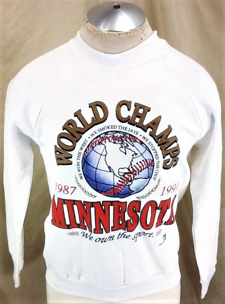 "Vintage 1991 Minnesota Twins ""World Champs"" (Sm/Med) Retro MLB World Series Sweatshirt"