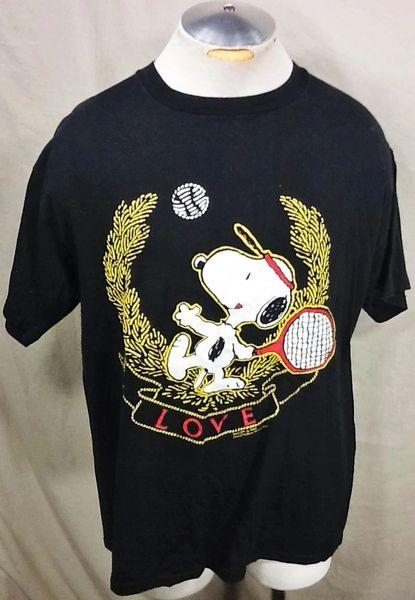 "Vintage 90's Snoopy Tennis ""Love"" (XL) Retro Peanuts Iconic Cartoon Graphic T-Shirt"