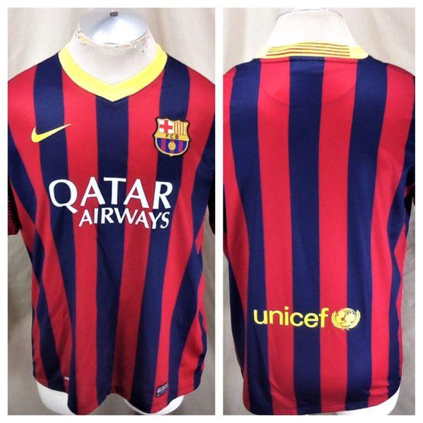Authentic Nike Barcelona Futbol Club (Large) Retro Dri-Fit Graphic Pullover Soccer Jersey
