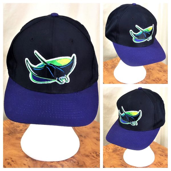 Vintage 90's Tampa Bay Devil Rays Retro MLB Baseball Graphic Snap Back Hat Black