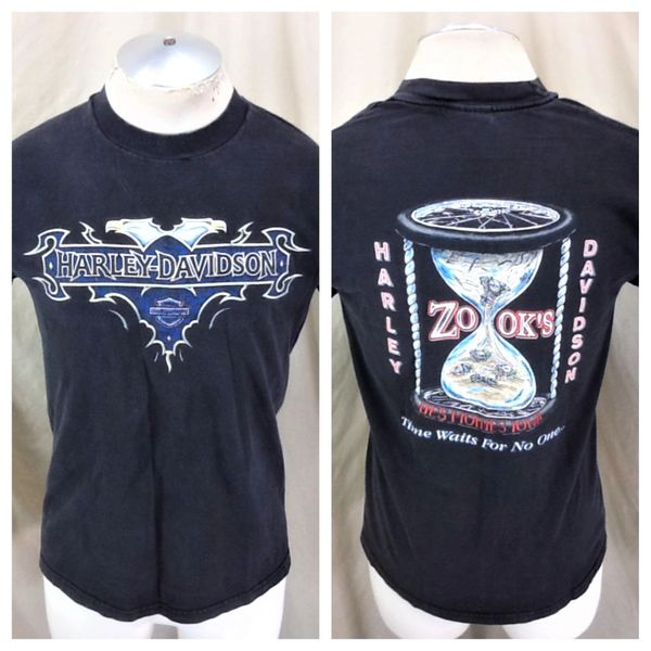 """Vintage 1997 Harley Davidson Motorcycles (Med) """"Time Waits For No One"""" T-Shirt"""
