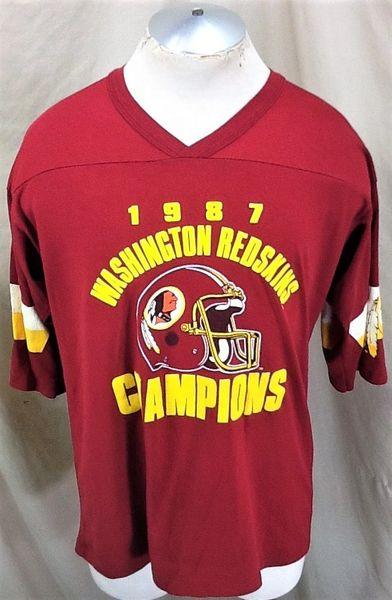Vintage 1987 Washington Redskins Football (Large/XL) Retro NFL Division Champion Graphic T-Shirt