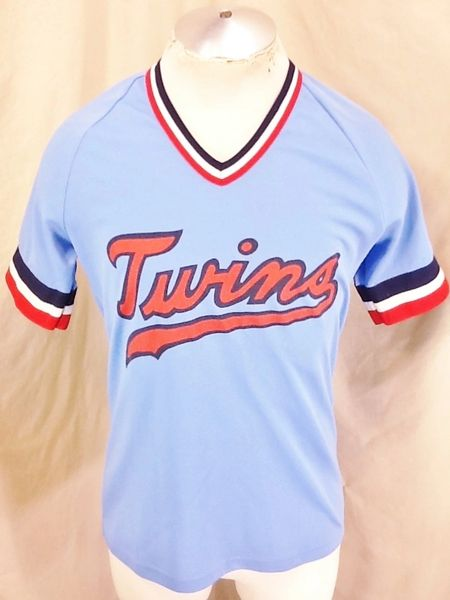 Vintage 80's Minnesota Twins Baseball Club (Med) Retro MLB Light Weight Powder Blue Jersey