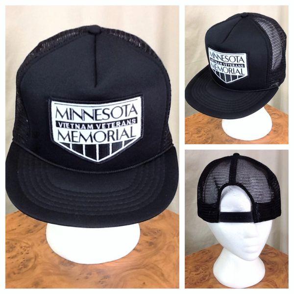"Vintage 90's Vietnam Veterans ""Minnesota Memorial"" Graphic Snap Back Trucker Hat"