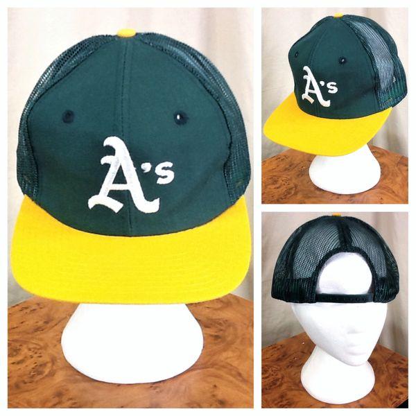 Vintage 80's Drew Pearson Oakland A's Retro MLB Baseball Snap Back Green Trucker Hat