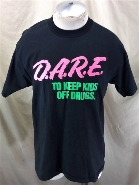 "Vintage 90's Dare ""To Keep Kids off Drugs"" (Large) Retro Graphic American Culture T-Shirt"