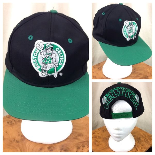 Vintage 90's Boston Celtics NBA Basketball Club Retro Graphic Snap Back Hat Black