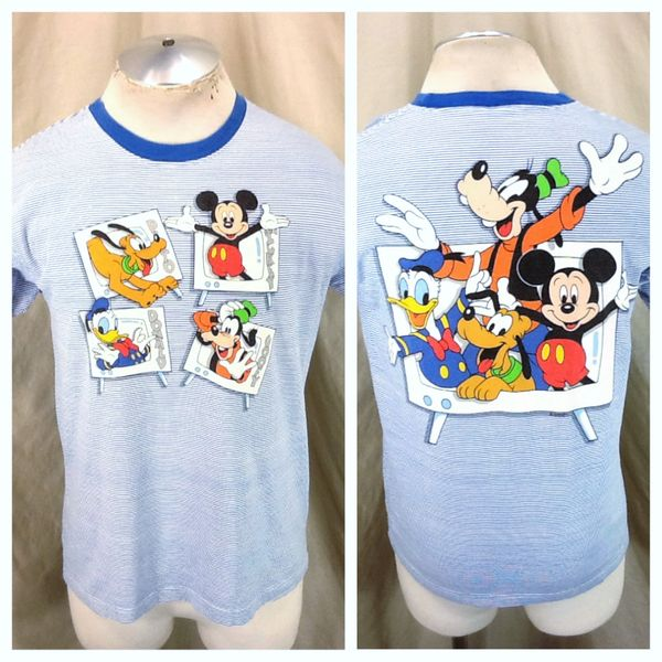 Vintage 90's Disney's Cartoon Characters (Med) Retro Donald, Mickey & Goofy T-Shirt