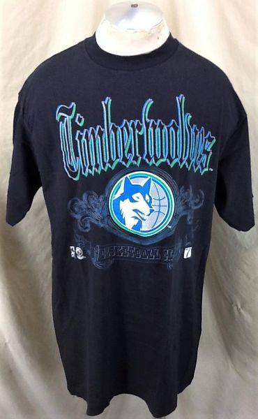 Vintage 90's Minnesota Timberwolves Basketball Club (XL Tall) Retro NBA Wolves Graphic Shirt
