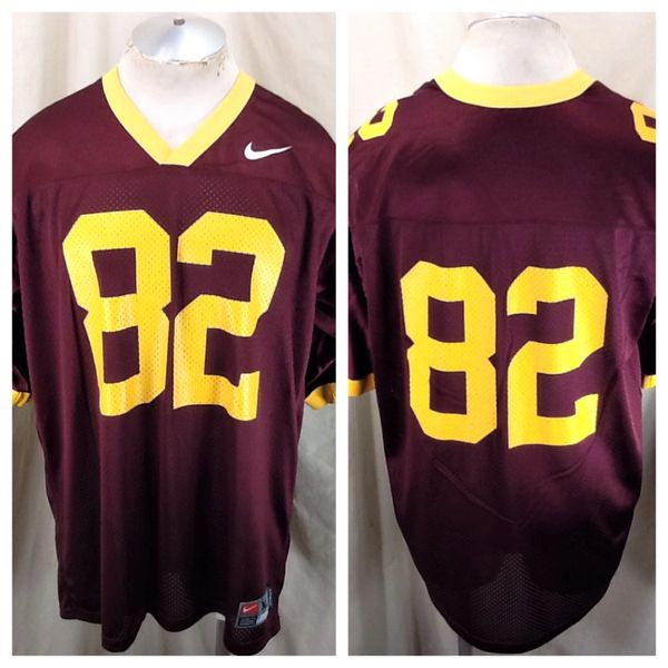 Nike Minnesota Golden Gophers #82 (XL) Retro NCAA Graphic Maroon Football Jersey
