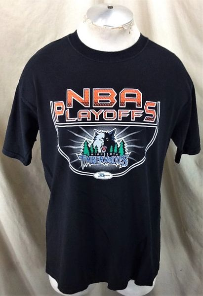 Vintage 2003 Minnesota Timberwolves Basketball (Large) Retro NBA Playoffs Graphic Wolves T-Shirt