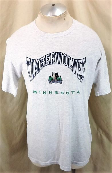 Vintage 2000's Minnesota Timberwolves Basketball (Med) Retro Wolves NBA Graphic Apparel T-Shirt