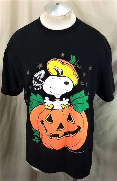 "Vintage 90's Snoopy ""The Great Pumpkin"" (Large) Retro Halloween Graphic Cartoon T-Shirt"