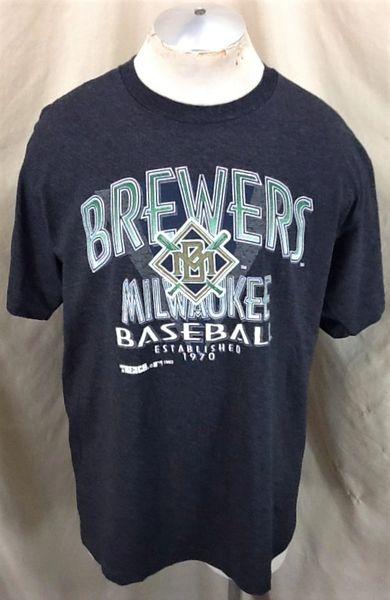 Vintage 1993 Milwaukee Brewers Baseball Club (L/XL) Retro MLB Graphic Striped T-Shirt