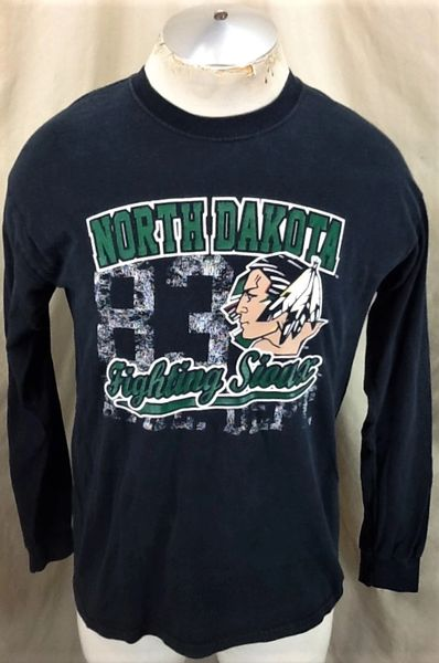 North Dakota Fighting Sioux (Med) Retro NCAA Athletic Department Long Sleeve T-Shirt