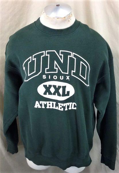 North Dakota Fighting Sioux Athletic (2XL) Retro NCAA Graphic Crew Neck Sweatshirt