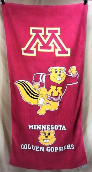 Vintage 90's Minnesota Golden Gophers NCAA Retro Graphic Beach Towel Wall Art