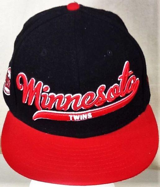 New Era Minnesota Twins Baseball Club Retro MLB Embroidered Snap Back Hat Black / Red