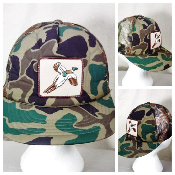 "Vintage 90's Pheasant Hunting Camo ""Flushed Rooster"" Retro Patch Snap Back Trucker Hat"