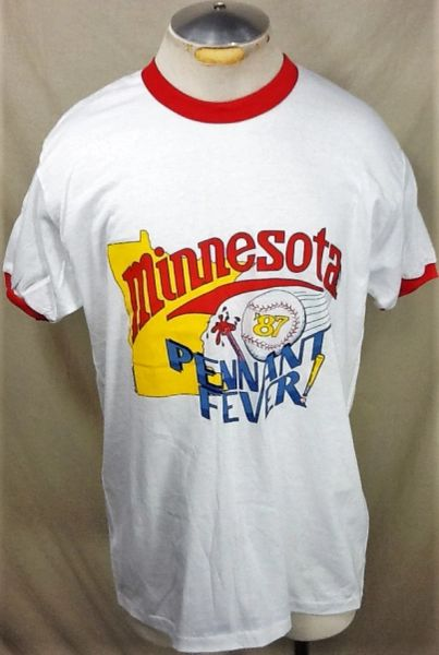 "Vintage 1987 Minnesota Twins World Series (Large) Retro MLB ""Pennant Fever"" Graphic Baseball T-Shirt"