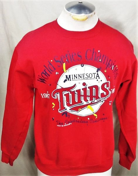 "Vintage 1991 Minnesota Twins ""The Celebration Continues"" (Med) Retro MLB Graphic Crew Neck Sweatshirt"