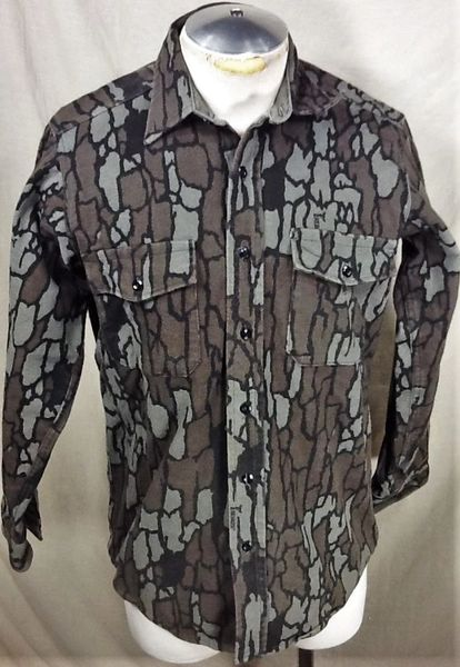 Vintage Deerskin Hunting Camo (Medium) Retro Button Up Long Sleeve Shirt
