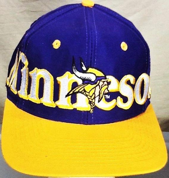 Vintage 90's Logo 7 Minnesota Vikings Retro NFL Football Embroidered Snap Back Hat