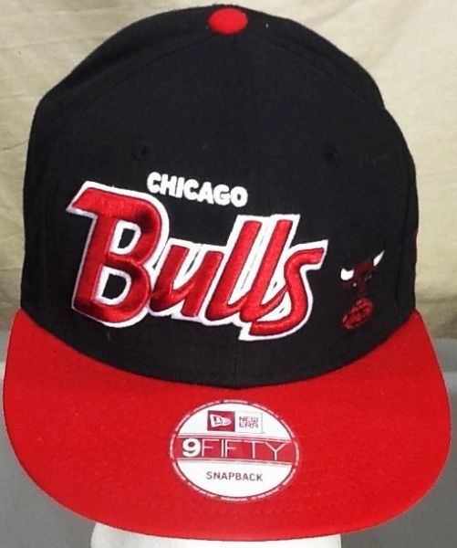 New Era 9Fifty Chicago Bulls NBA Basketball Club Retro Embroidered Snap Back Hat