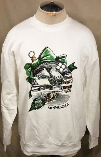 "Vintage 90's Minnesota ""Christmas Ornament"" (XL) Retro Crew Neck Graphic Sweatshirt"