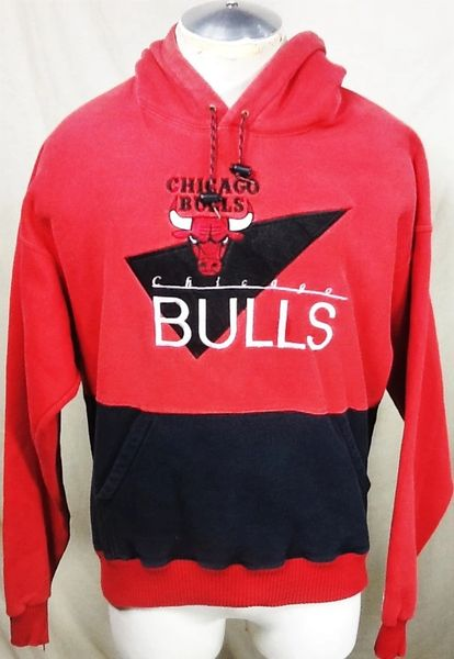 Vintage 90's The Game Chicago Bulls (XL) Retro NBA Basketball Pullover Hooded Sweatshirt