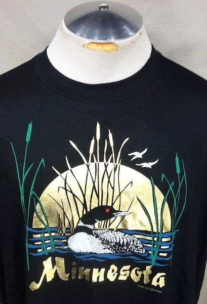 "Vintage 90's Minnesota State Bird ""Loon"" (XL) Retro Graphic Tourism T-Shirt Black"