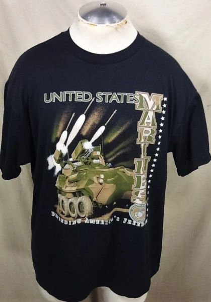 "Vintage United States Marines (XL) ""Defending America's Freedom"" Armed Forces Graphic T-Shirt"