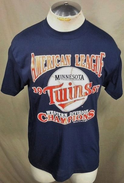 "Vintage 1987 Minnesota Twins ""Division Champions"" (Med) Retro MLB Baseball Graphic Blue T-Shirt"