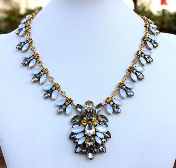 Vintage Style New Crystal Brooch Necklace