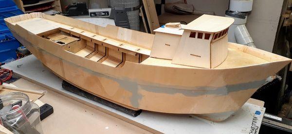 """1/32 47"""" Alaskan Crab Boat 2"""