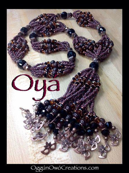 Mini mazo de Oya