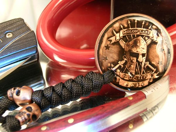 Molon Labe pendant with MikesMonkeyfist lanyard and skulls