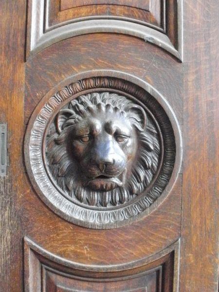 London lion