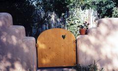 Taos gate