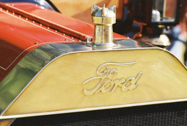 1913 Ford Model T grille