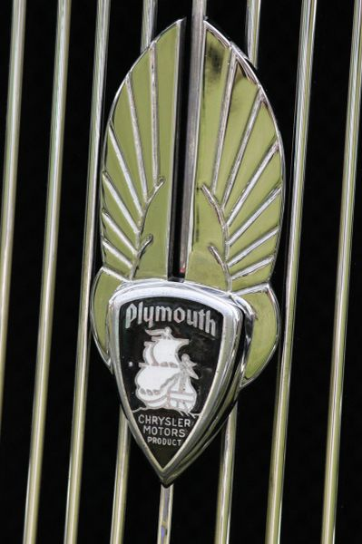 1934 Plymouth PE Deluxe Business Coupe grille emblem