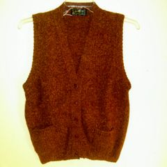 Ladies Shetland Wool Pocket Vest - Goudie of the Isles
