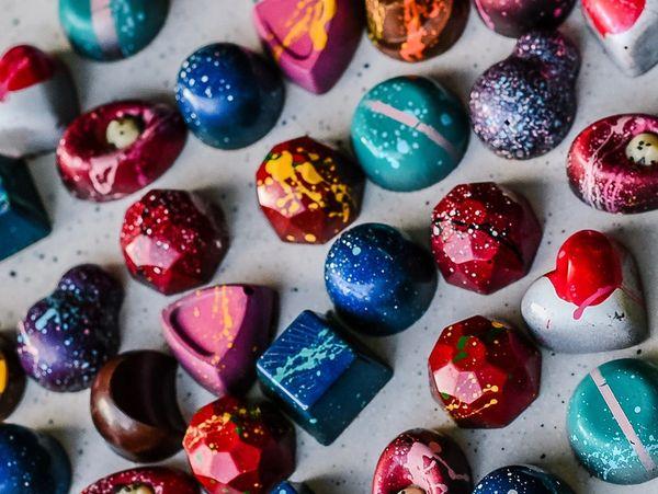 30 Piece Artisan Collection