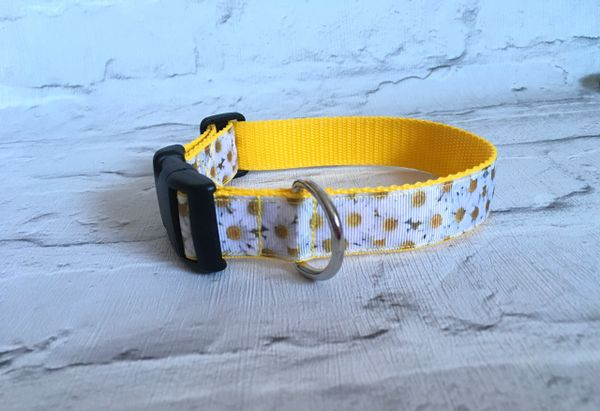 Handmade Daisy Dog Collar.