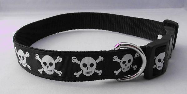 Handmade Skull & Crossbones Dog Collar