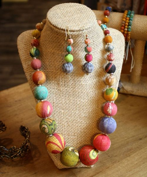 World Finds Graduated Kantha Bead Necklace