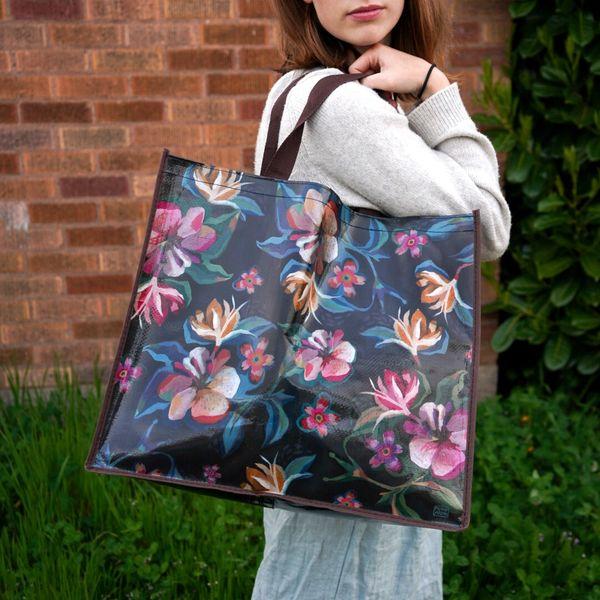 Moody Flowers Shopper Bag