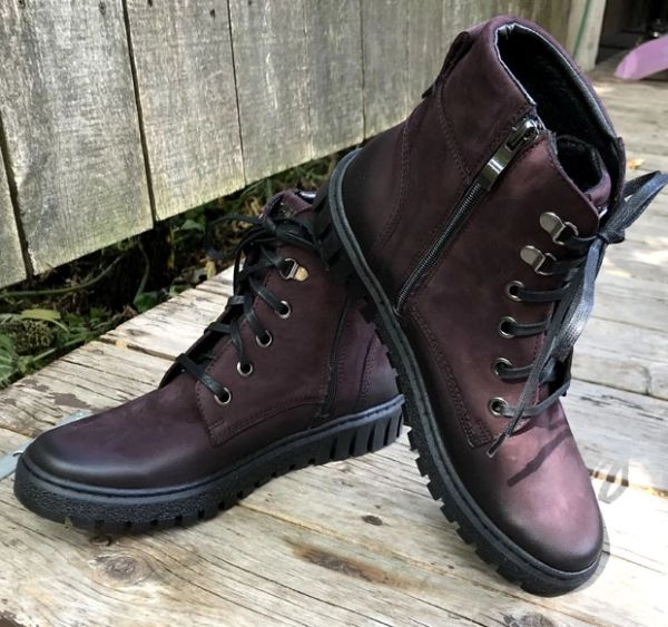 V Italia Plum Short Boot
